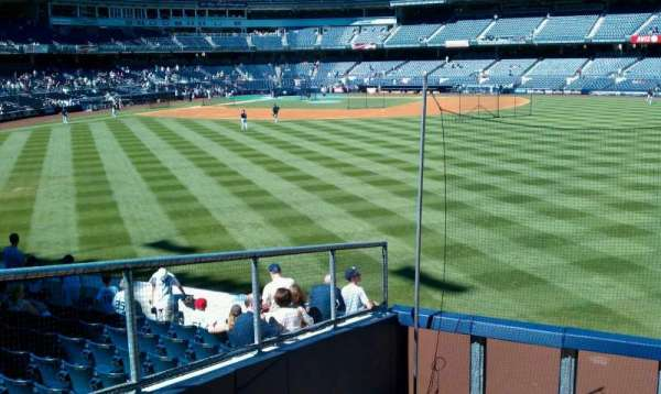 Yankee Stadium, secção: 202, fila: 1, lugar: 21
