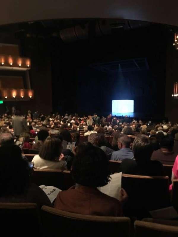 Ahmanson Theatre, secção: Orchestra, fila: V, lugar: 2
