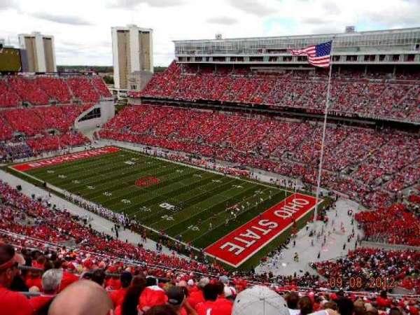 Ohio Stadium, secção: 12C, fila: 31, lugar: 13