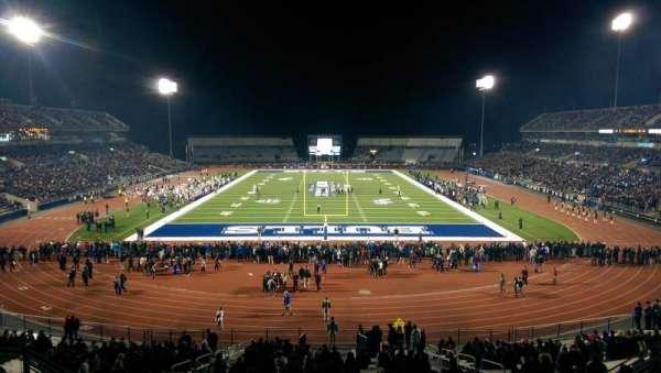 UB Stadium, secção: 237, fila: Q, lugar: 17
