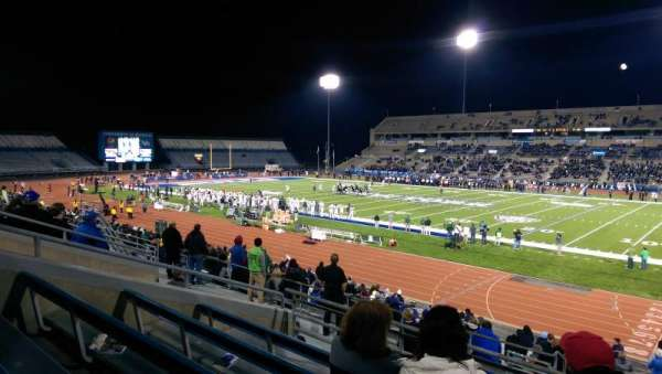 UB Stadium, secção: 203, fila: E, lugar: 1