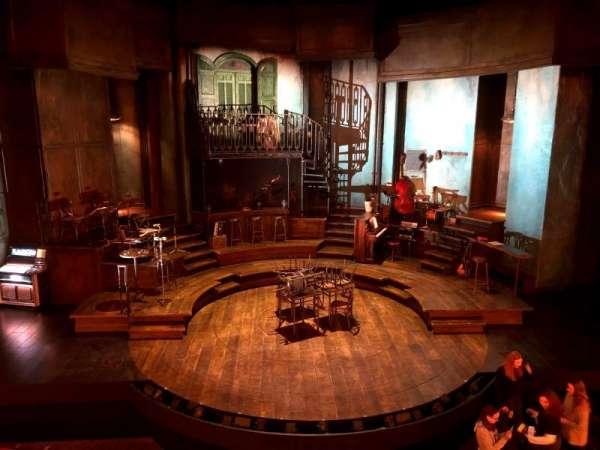 Walter Kerr Theatre, secção: Mezzanine C, fila: A, lugar: 109