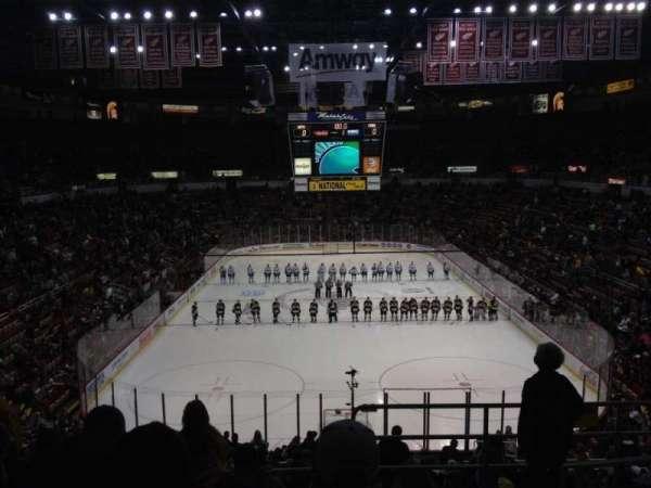 Joe Louis Arena, secção: 201