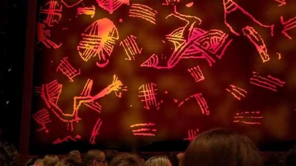 Princess of Wales Theatre , secção: Orchestra, fila: HH, lugar: 23