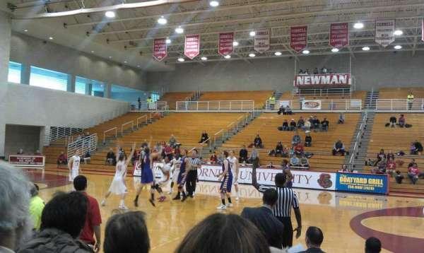 Newman Arena, secção: WB, fila: 6, lugar: 13