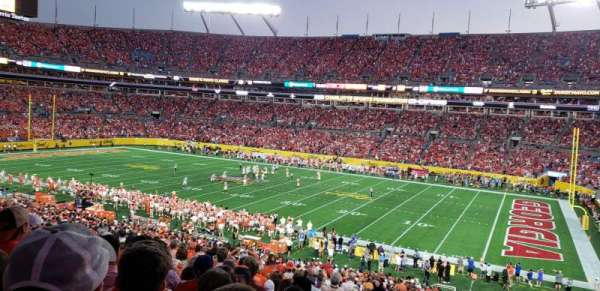 Bank of America Stadium, secção: 312, fila: 16, lugar: 2