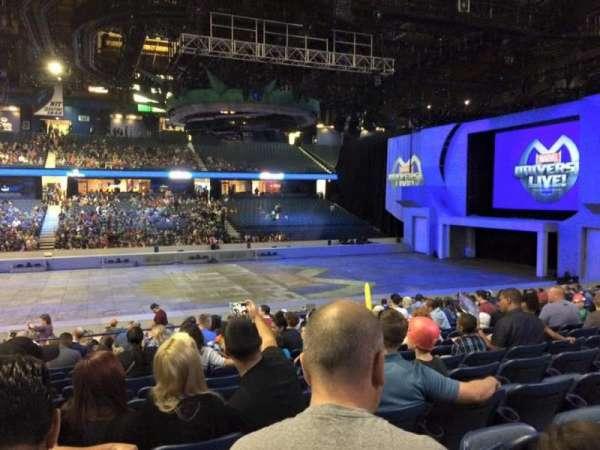 Allstate Arena, secção: 111, fila: N, lugar: 24
