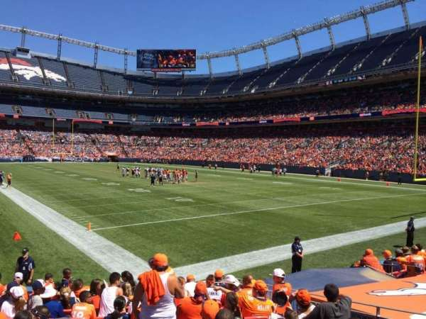 Broncos Stadium at Mile High, secção: 135, fila: 11, lugar: 10