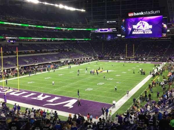 U.S. Bank Stadium, secção: 116, fila: 31, lugar: 25