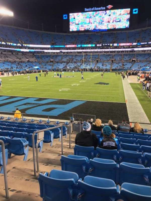 Bank of America Stadium, secção: 119, fila: 10, lugar: 21