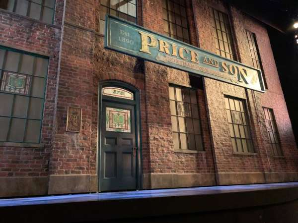 Al Hirschfeld Theatre, secção: Orchestra L, fila: B, lugar: 1