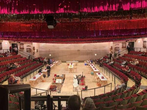 Circle in the Square Theatre, secção: Orchestra 100 (Even), fila: J, lugar: 102