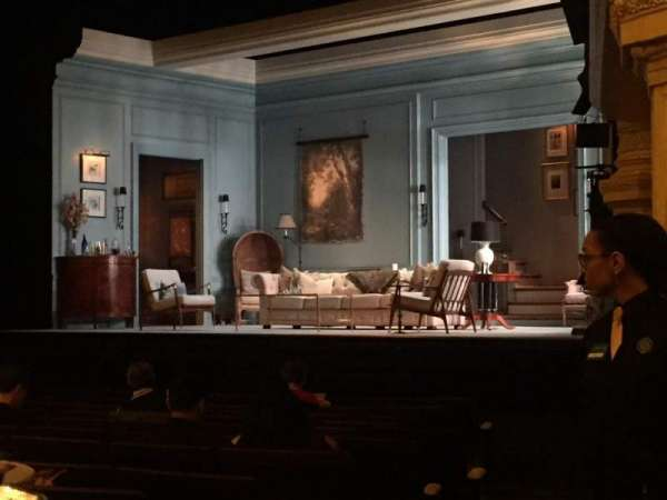 Hudson Theatre, secção: Orchestra R, fila: N, lugar: 12