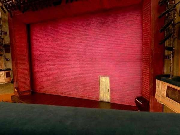 Shubert Theatre, secção: Mezzanine R, fila: A, lugar: 10