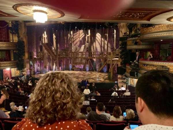 Richard Rodgers Theatre, secção: Orchestra C, fila: R, lugar: 16