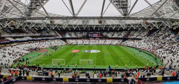London Stadium, secção: 223, fila: 53, lugar: 250
