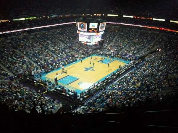 Smoothie King Center, secção: 305, fila: 17, lugar: 3