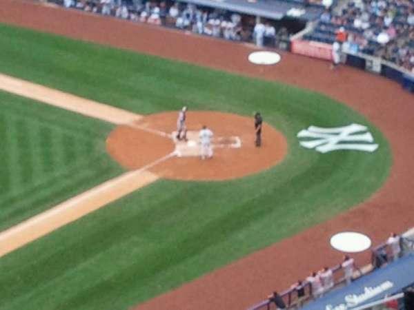 Yankee Stadium, secção: 428, fila: 12, lugar: 6
