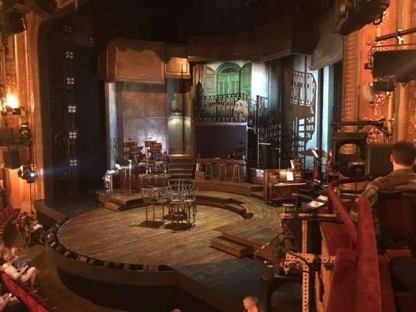Walter Kerr Theatre, secção: Box A, fila: 1, lugar: 8