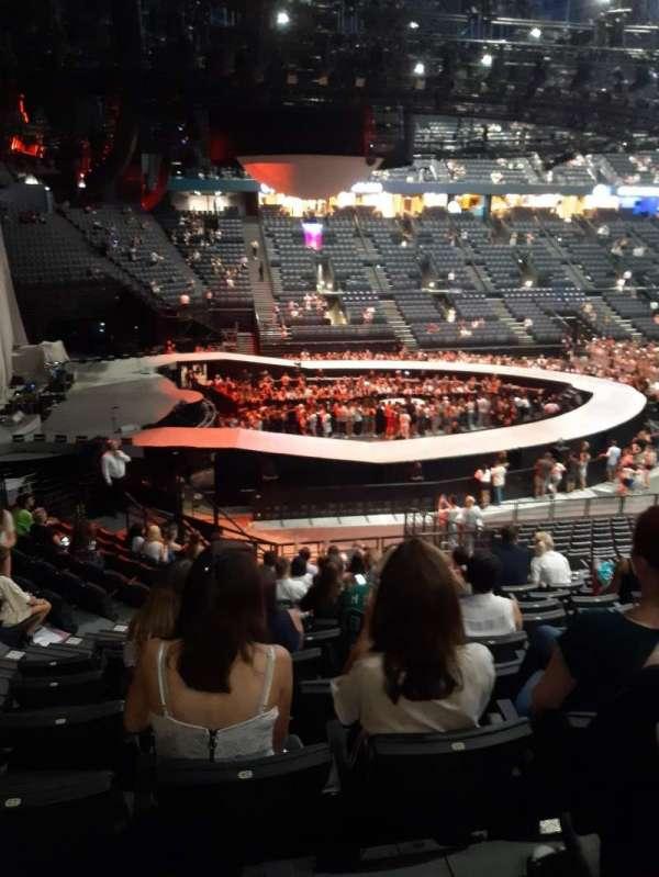 AccorHotels Arena, secção: N, fila: 6, lugar: 14