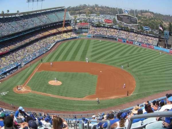 Dodger Stadium, secção: 16RS, fila: P, lugar: 19
