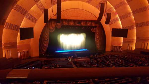 Radio City Music Hall, secção: 2nd Mezzanine 6, fila: A, lugar: 604