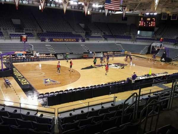 Williams Arena at Minges Coliseum, secção: 209, fila: H, lugar: 8