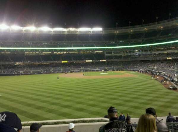 Yankee Stadium, secção: 235, fila: 10, lugar: 10
