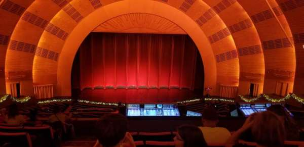 Radio City Music Hall, secção: 2nd Mezzanine 4, fila: G, lugar: 413