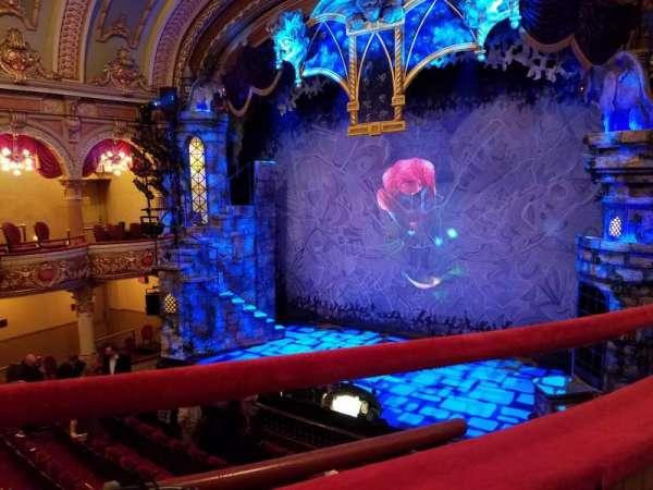 Fulton Opera House, secção: Mezzanine, fila: A, lugar: 22