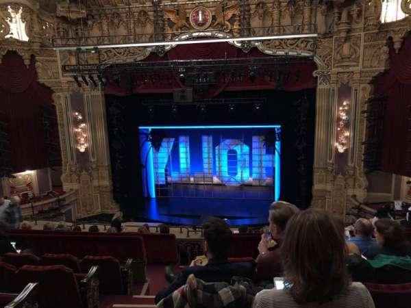 James M. Nederlander Theatre, secção: Balcony RC, fila: K, lugar: 322