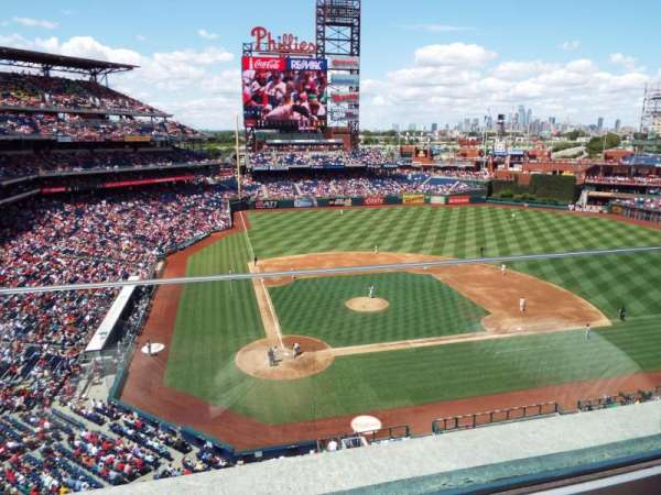 Citizens Bank Park, secção: 317, fila: 1, lugar: 20