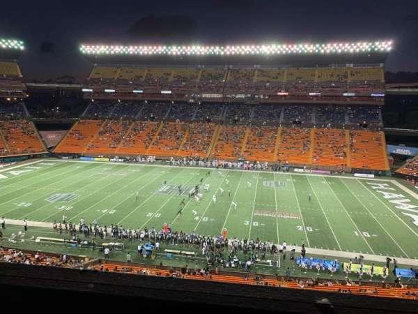 Aloha Stadium, secção: Mauka Brown MM, fila: 1, lugar: 7
