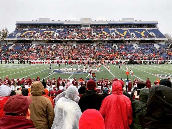 Navy-Marine Corps Memorial Stadium, secção: 4, fila: 3, lugar: 3