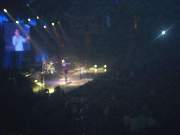 Agganis Arena, secção: 114, fila: I, lugar: 11