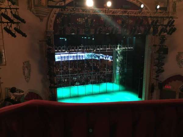 John Golden Theatre, secção: Front Mezzanine R, fila: A, lugar: 123