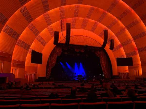 Radio City Music Hall, secção: Orchestra 6, fila: M, lugar: 612