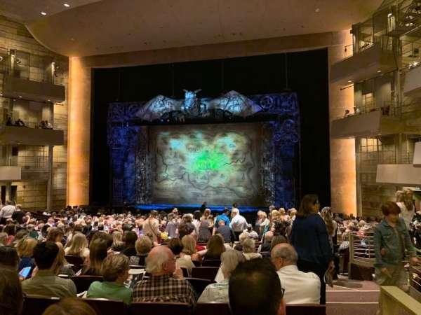 Temple Buell Theatre, secção: Orch C, fila: Y, lugar: 1