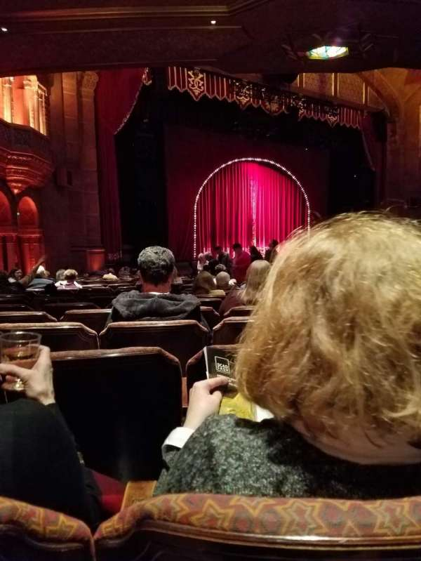 Fox Theatre (Atlanta), secção: Orchestra L, fila: AA, lugar: 23