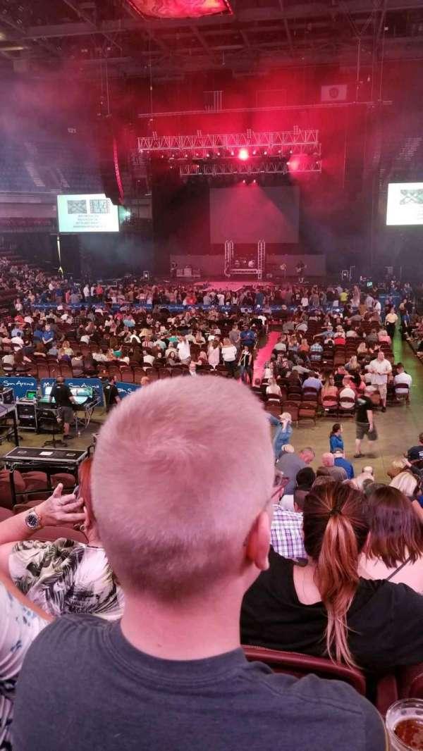Mohegan Sun Arena, secção: 19, fila: P, lugar: 11