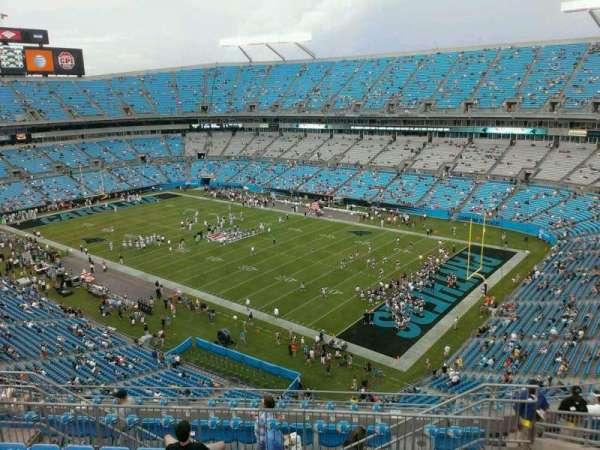 Bank of America Stadium, secção: 536, fila: 8, lugar: 10