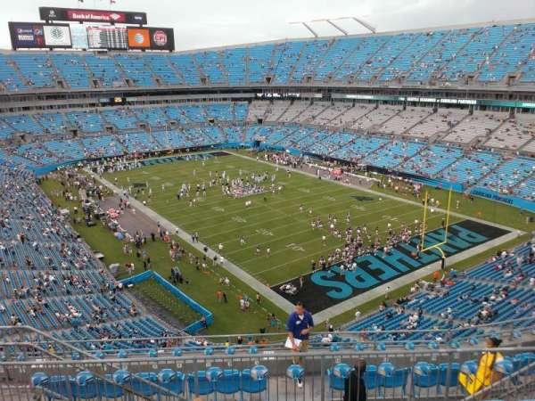 Bank of America Stadium, secção: 533, fila: 6, lugar: 13