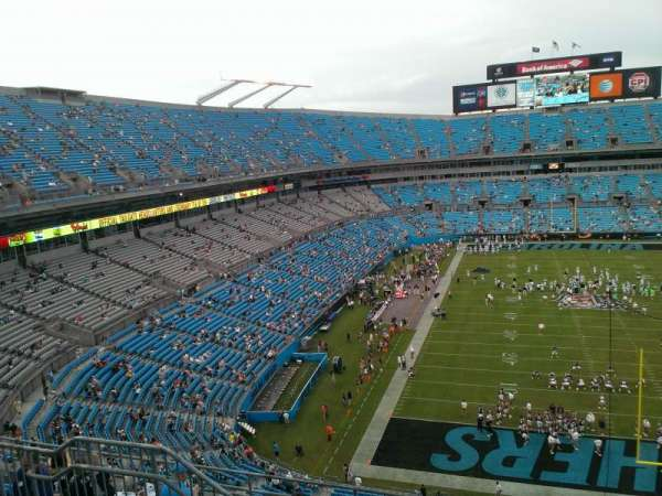 Bank of America Stadium, secção: 529, fila: 4, lugar: 14