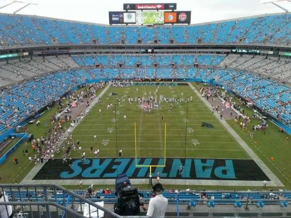 Bank of America Stadium, secção: 528, fila: 3, lugar: 17