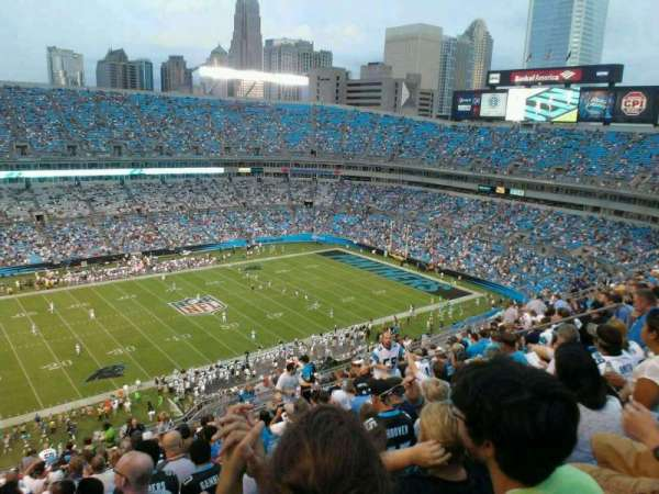 Bank of America Stadium, secção: 545, fila: 20, lugar: 13