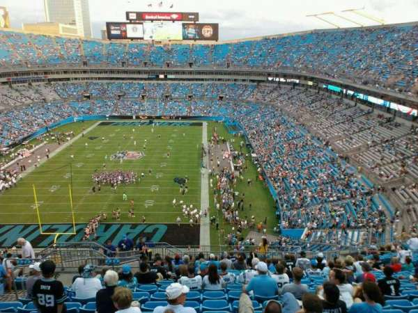 Bank of America Stadium, secção: 554, fila: 15, lugar: 18