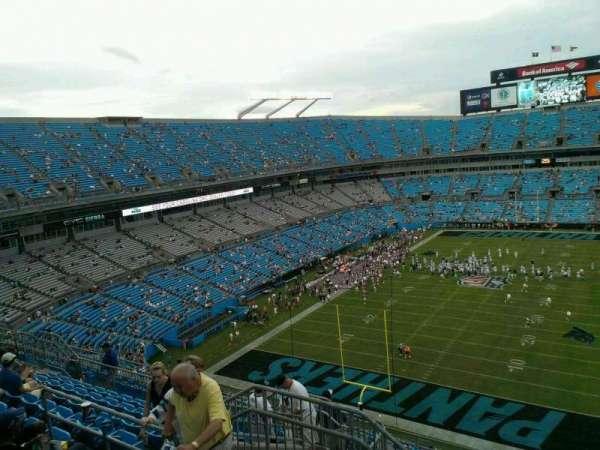 Bank of America Stadium, secção: 526, fila: 8, lugar: 16