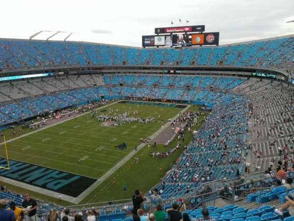 Bank of America Stadium, secção: 523, fila: 12, lugar: 17