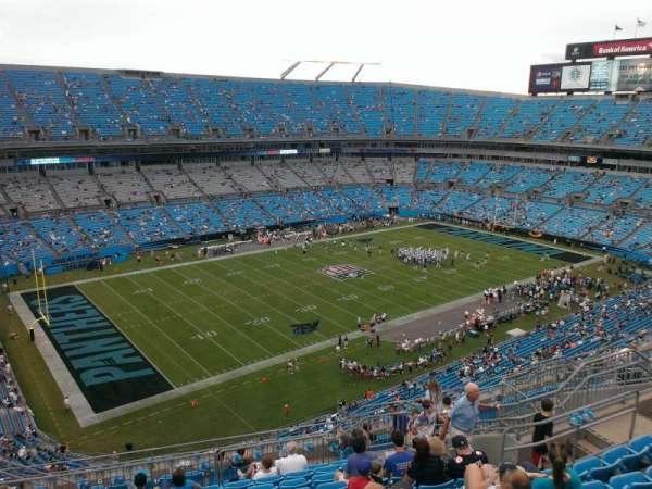 Bank of America Stadium, secção: 520, fila: 11, lugar: 15