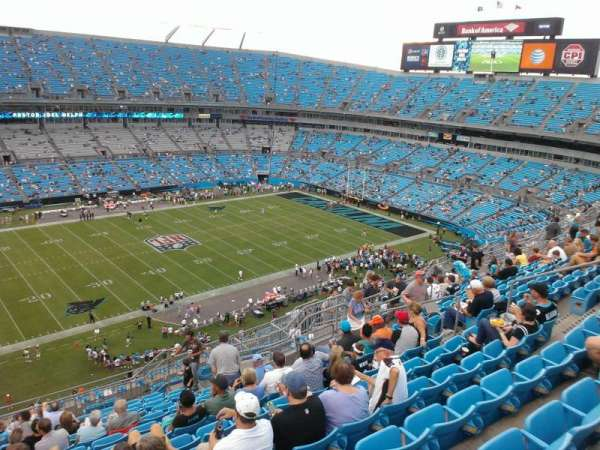 Bank of America Stadium, secção: 518, fila: 13, lugar: 15